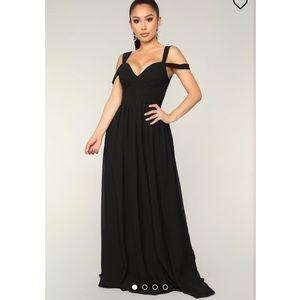 Black Fashion Nova Maxi dress NWT
